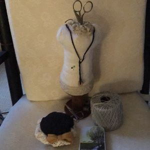 Seamstresses accoutrements